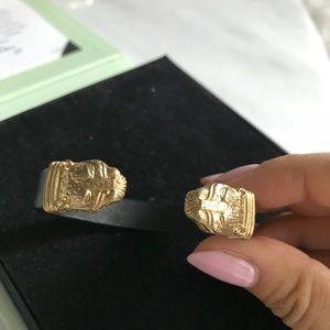 Jewelmint Lioness black adjustable bracelet